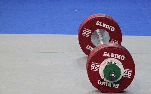درخشش وزنه برداران رفسنجانی در مسابقات وزنه برداری شرق کشور