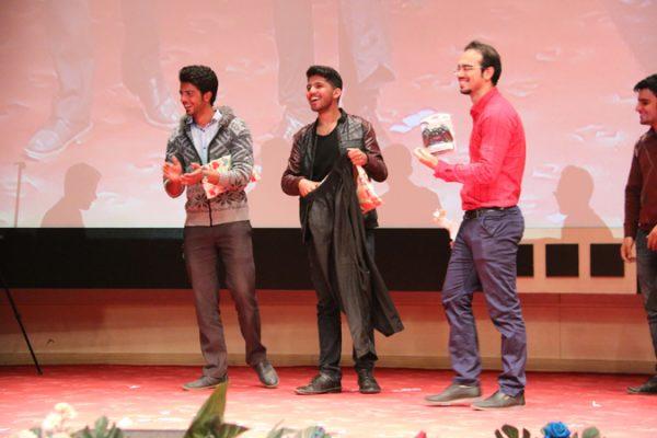 جشن بزرگداشت رو دانشجو در دانشگاه ولیعصر(عج)-اهدای جوایز