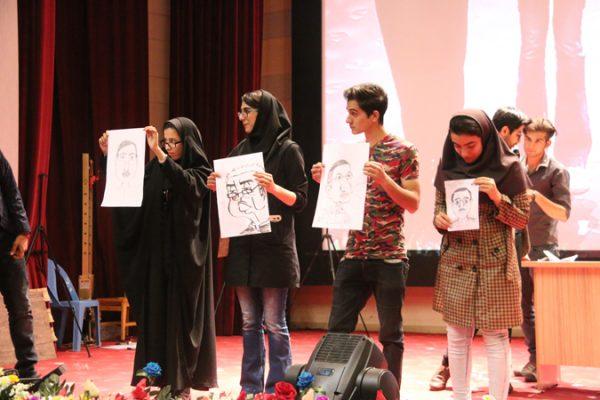 جشن بزرگداشت رو دانشجو در دانشگاه ولیعصر(عج)-کاریکاتور رئیس دانشگاه