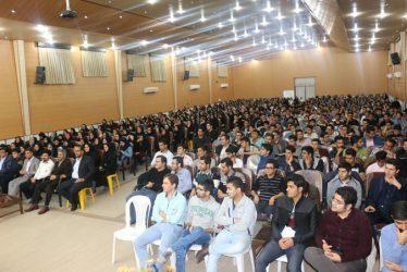 برگزاری مراسم جشن روز دانشجو در دانشگاه علوم پزشکی رفسنجان / تصاویر
