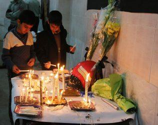 همدردی مردم رفسنجان با خانوادههای شهدای آتشنشان/تصاویر