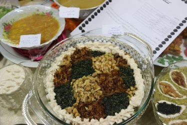 غذاهای خوشمزه دست پخت بانوان رفسنجانی در قاب دوربین خانه خشتی