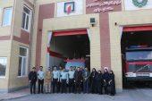 ادای احترام جمعی از خبرنگاران رفسنجان به آتش نشانان / تصاویر