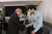 همدردی جمعی از پرسنل دانشگاه علوم پزشکی با آتشنشانان رفسنجان / عکس