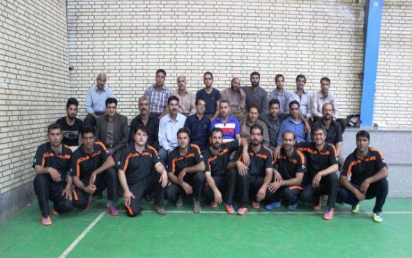 تقدیر از برگزیدگان مسابقات طناب کشی سازمان های شهرداری رفسنجان