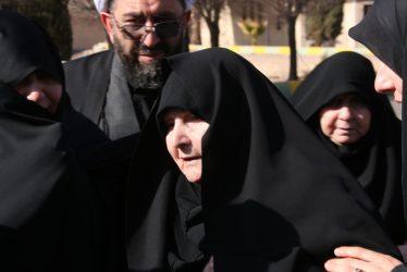 مادر شهید حسن عبداللهی در اولین لحظه ی دیدار فرزندش پس از ۳۱ سال دوری چه کرد / تصاویر
