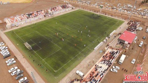 تصویر هوایی از دربی استانی مس رفسنجان و مس کرمان در ورزشگاه شهدای صنعت مس