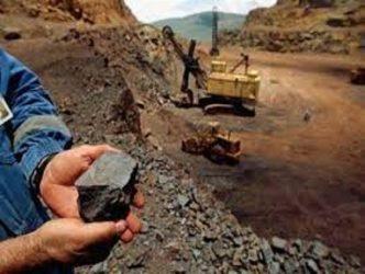 معادن ،افق روشن در توسعه اقتصاد مقاومتی و افزایش اشتغال/کاهش استخراج زغال سنگ از معادن به علت ارزان بودن همتای وارداتی اش