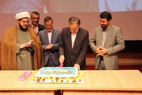 جشن بیست و پنج سالگی دانشگاه ولیعصر(عج) رفسنجان برگزار شد / تصاویر