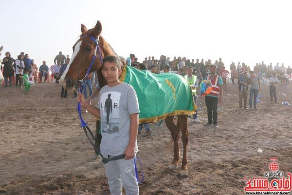 گروه اسب های بالای 8 امتیاز مسافت 1400 متر نام اسب چالدران مالک سید محمد حسینی مربی حسین غلامنژاد سوارکار علیرضا اسماعیلی