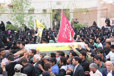 پیکر شهید مدافع حرم در رفسنجان تشییع شد / تصاویر
