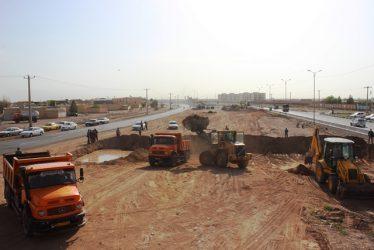 آغاز احداث زیرگذر تقاطع بلوار خلیج فارس و بلوار شهید صابری