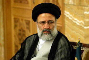 مسکن کرامت در کنار مسکن مهر فعال خواهد شد/ دست دولت در جیب صندوق بازنشستگان است