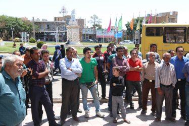 اولین تریبون آزاد انتخاباتی در شهر رفسنجان برگزار شد / تصاویر