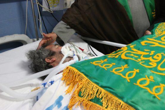 عیادت خادمین امام رضا (ع) از بیماران بیمارستان رفسنجان / تصاویر