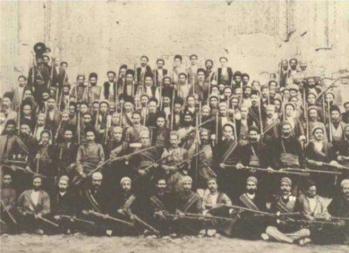 کرمانی ها پایه گذار اصلی جنبش مشروطیت در کشور/از قیام شالبافان تا به چوب بستن آیت الله حاج میرزا محمد رضای کرمانی