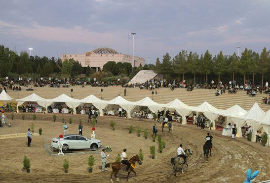 دومین شب از مسابقات شو سواره اصیل اسبان بومی در رفسنجان/گزارش تصویری