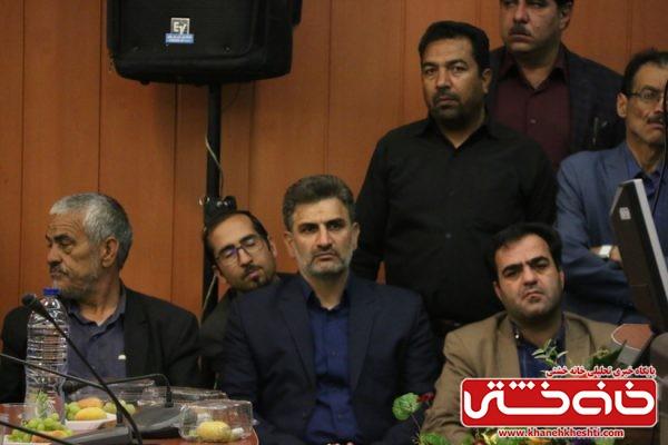 امیر حسینی رئیس کمیته امداد شهرستان رفسنجان در مراسم تودیع و معارفه فرماندار رفسنجان در محل فرمانداری رفسنجان
