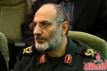 حزب کارگزاران مشکل اصلی کرمان/ کارگزاران به کسی پاسخگو نیستند/چرا مردم مطالبه گری نمی کنند؟