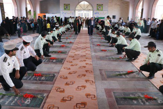 به مناسبت هفته ناجا گلزار شهدا رفسنجان غبارروبی شد / تصاویر