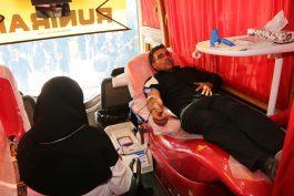 نذر خون مردم رفسنجان در روز عاشورا ادا شد / عکس