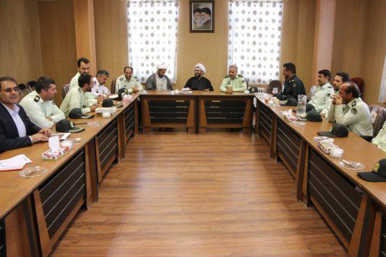 دیدار فرمانده انتظامی رفسنجان با امام جمعه در سومین روز از هفته ناجا