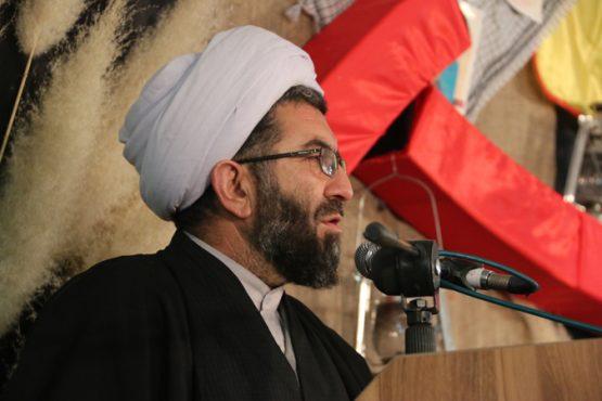 حمایت از کالای ایرانی تضمین کننده آینده کشور است / بانکها در پرداخت وام ازدواج سنگ اندازی نکنند