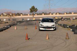 اولین راند مسابقه اتومبیلرانی اسلالوم قهرمانی شهرستان در رفسنجان برگزار شد / تصاویر