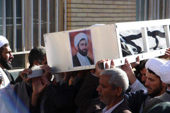 پیکر مرحوم حجت الاسلام  سلطانمرادی در رفسنجان تشییع شد / تصاویر