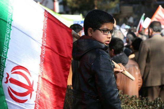شکوه حضور در راهپیمایی ۲۲ بهمن در رفسنجان / گزارش تصویری 2