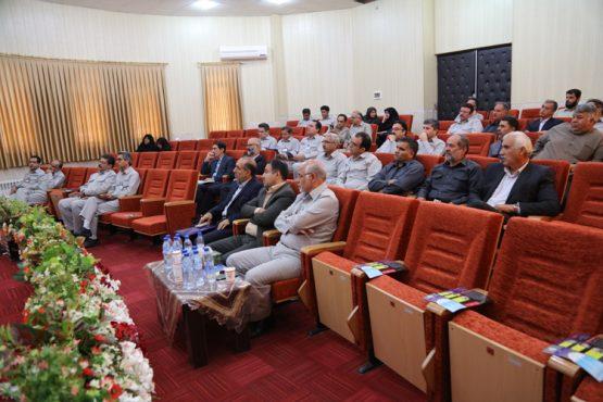 نشست انجمن حمایت از خانواده های زندانیان در فرهنگسرای مس سرچشمه