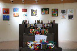 نمایشگاه آثار هنری دانش آموزان دبستانه دخترانه امام حسن مجتبی(ع) رفسنجان افتتاح شد/ تصاویر