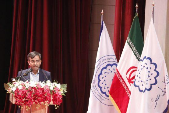 راه مقابله با تهاجمات دشمن ایرانشناسی می باشد