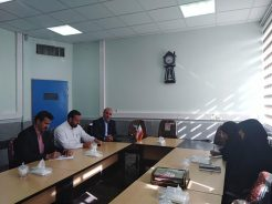 دیدار هیات تحریریه پایگاه خبری خانه خشتی با مدیر آموزش و پرورش رفسنجان / عکس