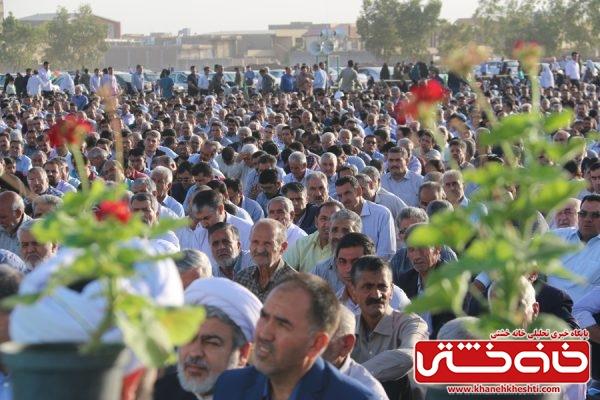 نماز عید فطر در مصلی امام خامنه ای (مدظله العالی) شهرستان رفسنجان با حضور مردم شهید پرو و مسئولین شهرستان