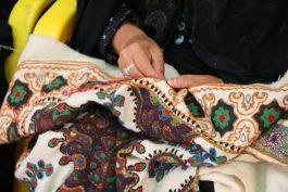 بزرگداشت روز صنایع دستی در کاروانسرای شاه عباسی رفسنجان برگزار شد / تصاویر