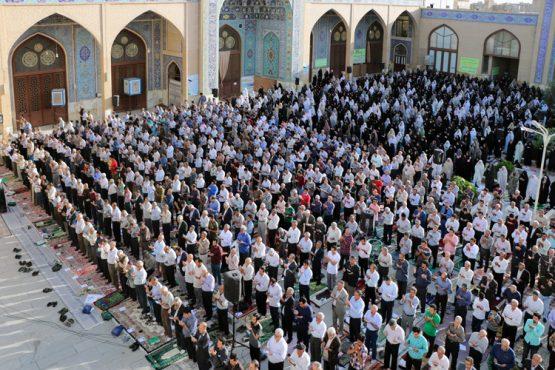 نماز عید سعید فطر در مسجد جامع رفسنجان اقامه شد/ تصاویر