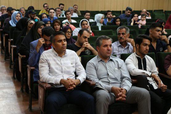نشست شاعرانه یک شاخه گنجشک در رفسنجان برگزار شد/تصاویر
