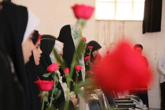 حضور هیات تحریه پایگاه خبری خانه خشتی در جمع دختران حافظ قرآن +تصاویر