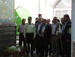 گلزار شهدای رفسنجان به مناسبت هفته دولت گلباران شد / تصاویر
