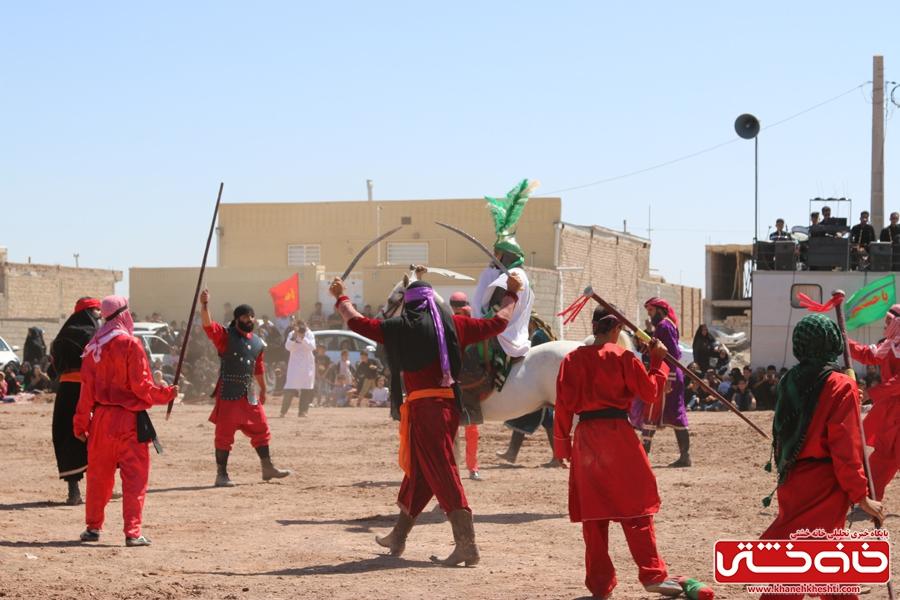 مراسم تعزیه خوانی واقعه کربلا در روستای ناصریه رفسنجان به همت هیئت سقای دشت کربلا رفسنجان
