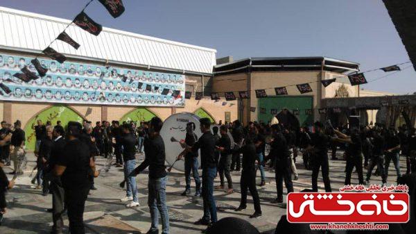 دسته های عزاداری تاسوعای اباعبدالله الحسین(ع) در گلزار شهدای رفسنجان / عکس