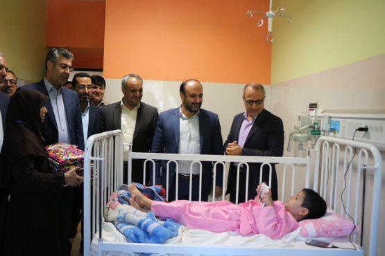 عیادت از کودکان بیمار در بیمارستانعلی ابن ابیطالب رفسنجان + تصاویر