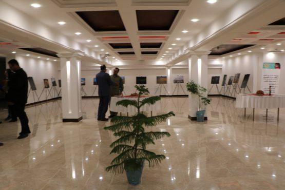 نمایشگاه حراج آثار هنری عکاسی در رفسنجان گشایش یافت / تصاویر