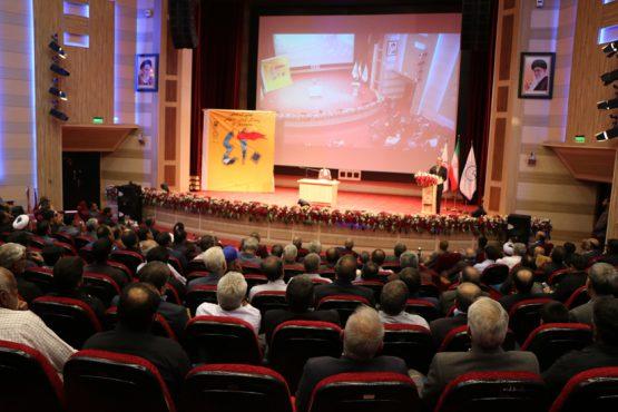 نهمین گردهمایی رزمندگان گردان ۴۱۰ غواص در رفسنجان برگزار شد / تصاویر