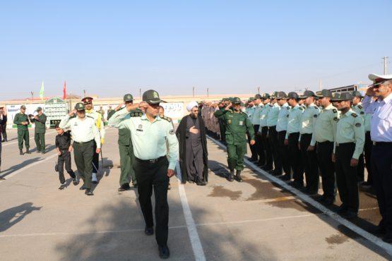 صبحگاه مشترک نیروهای مسلح شهرستان رفسنجان به مناسبت هفته ناجا / عکس