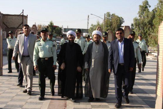 تجدید پیمان فرمانده و پرسنل نیروی انتظامی رفسنجان با شهداء در آخرین روز از هفته ناجا / عکس