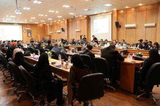 دومین تالار گفتمان شهرداری رفسنجان با موضوع اولویت های گردشگری برگزار شد / عکس