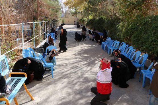 مانور سراسری زلزله در خوابگاههای دانشگاه ولیعصر رفسنجان / عکس