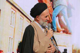 انقلاب اسلامی در سایه ایمان، اتحاد و اطاعت از ولی فقیه شکل گرفت